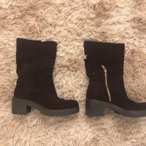 Brand new MK boots